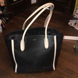 Beautiful black & white Kate Spade pocketbook